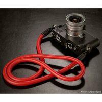 Für weitere Info hier klicken. Artikel: Rock & Roll Leather Lash Straps 100cm rot